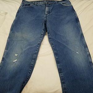 Vintage Wrangler jeans distressed